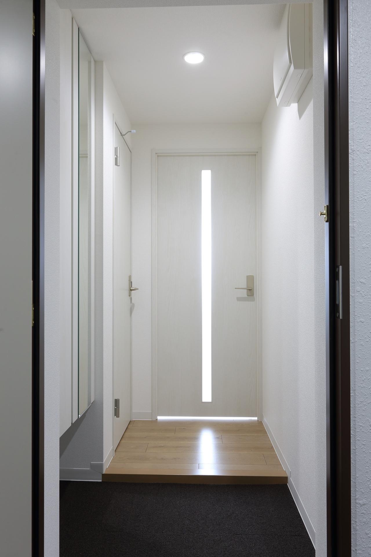 1号室玄関.JPG