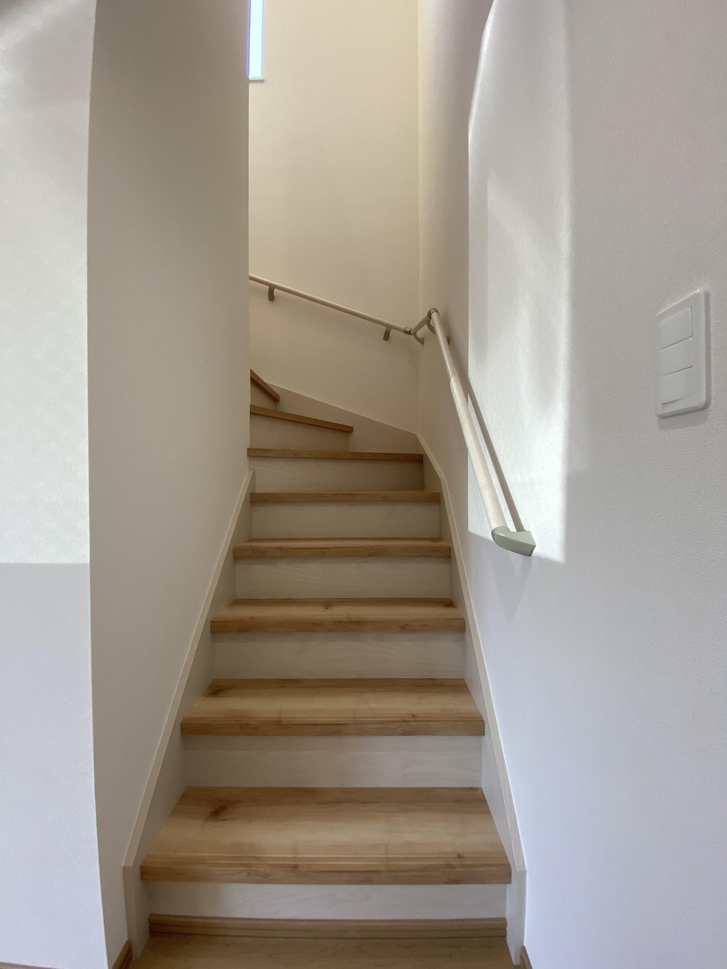 1F階段.jpg